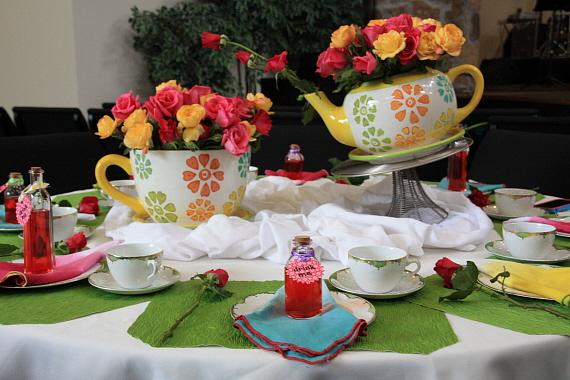 Tea parties and baseball games - Mad hatter tea party decoration ideas ...