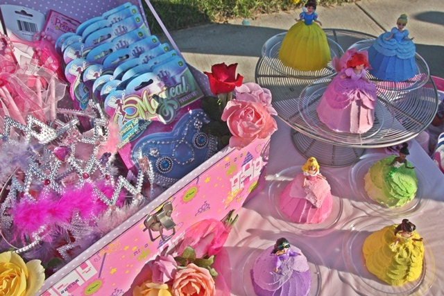 LK S Rose Parade Princess Party & Marvellous Princess Chair And Table Set Images - Best Image Engine ...